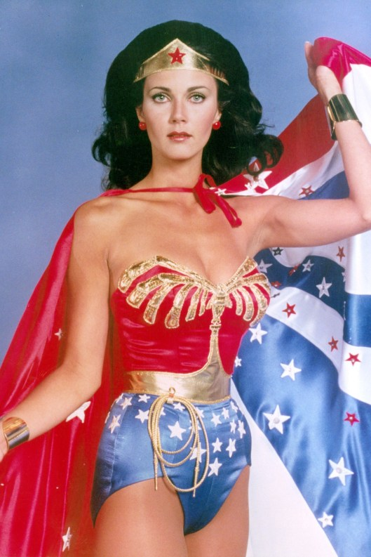Wonder-Woman-vogue-23Aug13-Alamy_b
