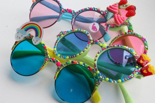 festival seasn, summery glasses, fun, playful,